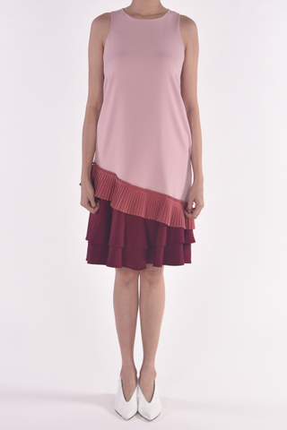COLOUR BLOCK PLEAT LAYER RUFFLE SHIFT DRESS