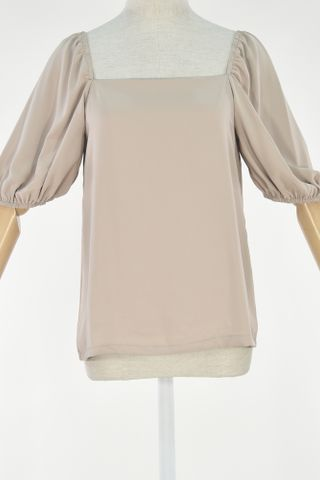 PUFFY SLEEVE SQUARE NECKLINE TOP